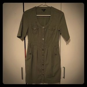 Like New - Guess Button-up Dress - Size small